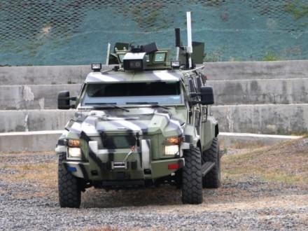 Повод для гордости: создан новый украинский беспилотный броневик