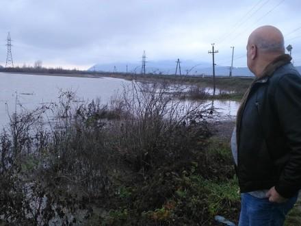 Венгрия выразила Закарпатской области официальное предостережение из-за прибывшего спаводком мусора