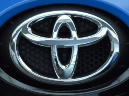 Toyota выплатит компенсацию автовладельцам