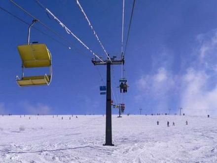 На гірськолижних курортах Карпат не працюють підйомники – не сезон 818506dbc2d75