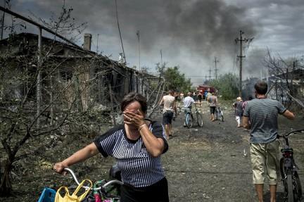 В зонах бойових дій на Донбасі загинуло близько 2 тис. мирних жителів – звіт МКС