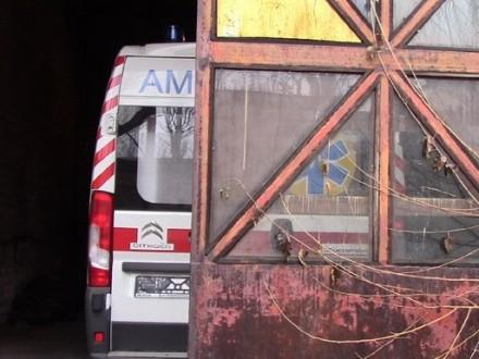 НаДонетчине подаренные президентом машины «скорой помощи» вывезли взаброшенный цех
