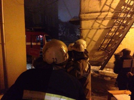 ВКиеве наул.Саксаганского горел 4-этажный дом