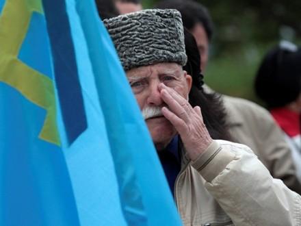 Русские оккупанты поставили татар наколени— Обыски вКрыму