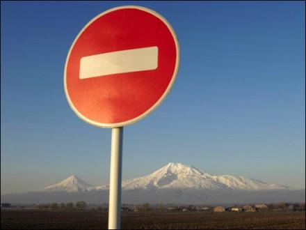 СБУ призвали запретить заезд в государство Украину российскому рэперу