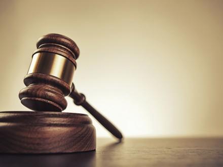Суд Каира приговорил руководителя профсоюза репортеров кдвум годам тюрьмы