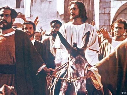 Польша официально признала Иисуса Христа своим королем