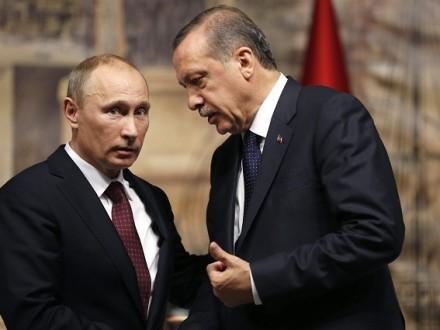 Владимир Путин провел телефонные переговоры спрезидентом Турции