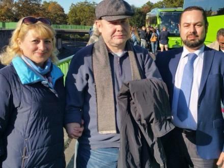 Жемчугов, побывавший вплену боевиков, вернулся в Украинское государство после лечения вГермании