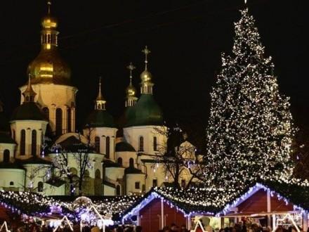 КГГА: Движение транспорта вцентре столицы Украины будет ограничено впроцессе новогодних праздников