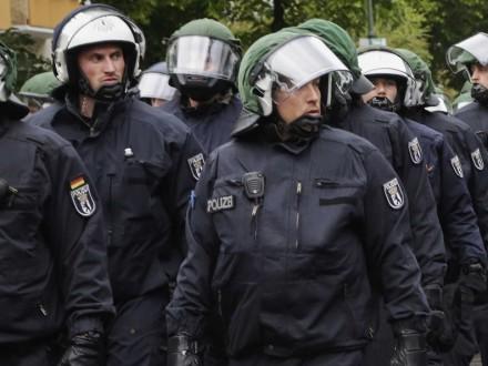 Вевропейских странах усилены меры безопасности нарождественские иновогодние праздники