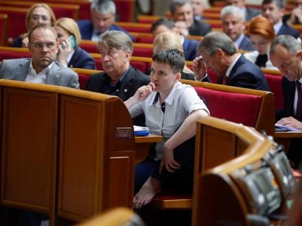 Н.Савченко опубликует списки военнопленных ипропавших без вести украинцев