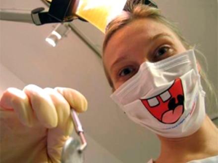 Лондонские ученые нашли замену зубным пломбам