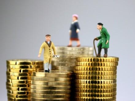 Кабмин сегодня планирует утвердить бюджет Пенсионного фонда на 2017 год