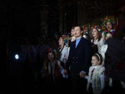 Встановлено всеукраїнський рекорд з найдовшого виконання колядок і щедрівок