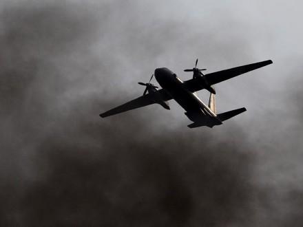 Киев объявил, что Ан-26 над темным морем атаковали изстрелкового оружия