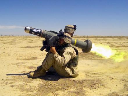 Дж.Маккейн призвал Д.Трампа предоставить Украине противотанковые ракетные комплексы Javelin
