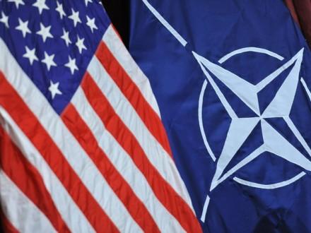 Трамп согласился прилететь насаммит НАТО