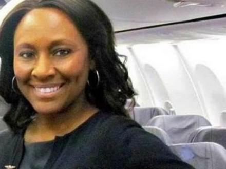 Стюардесса спасла подростка отторговца людьми наборту самолёта