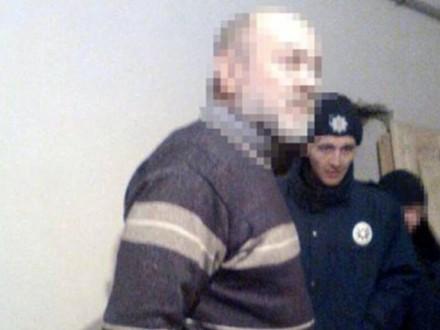 Милиция задержала первосвященника, подозреваемого визнасиловании