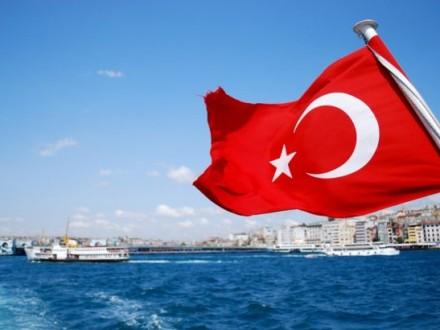 Українці зможуть їздити до Туреччини без закордонного паспорту