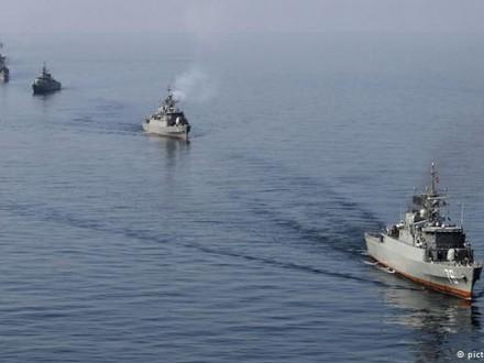 Военно-морские силы Ирана начали учения встратегически главном проливе