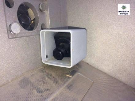 Миколаївські шахраї встановили відеокамеру на банкоматі