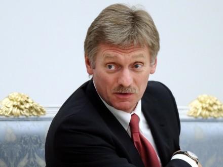 В.Путин прохладно относится к идее монархии в России - Д.Песков