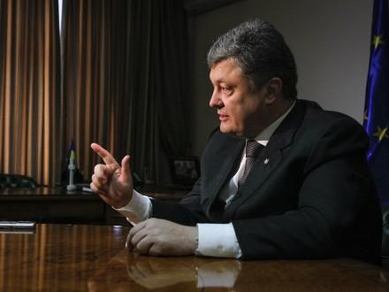 Порошенко пообещал сопротивление : «Хочется сражаться  против президента?»