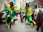 Достопримечательности мира подсветили зеленым цветом ко Дню Святого Патрика