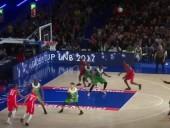 Украинский баскетболист С.Гладырь поразил Францию своими дальними бросками