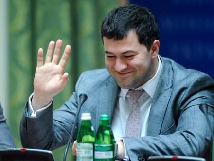 3ccf897cc06c focus.ua Р.Насиров  сдал документы, дающие право на выезд за границу