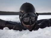 Финка установила рекорд, излечивая травму плаванием в арктических водах