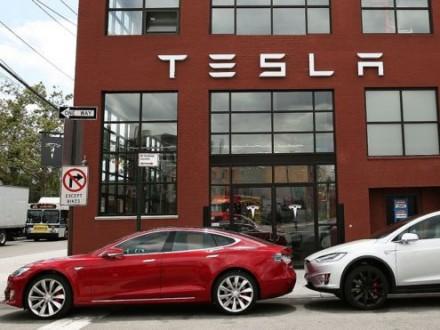 Продажи электромобилей Tesla вырослив Iкв. на69%