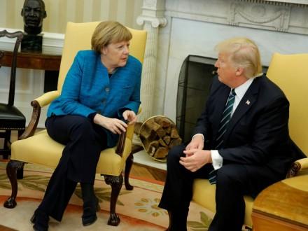 Трамп и Меркель обсудили ситуацию на Украине