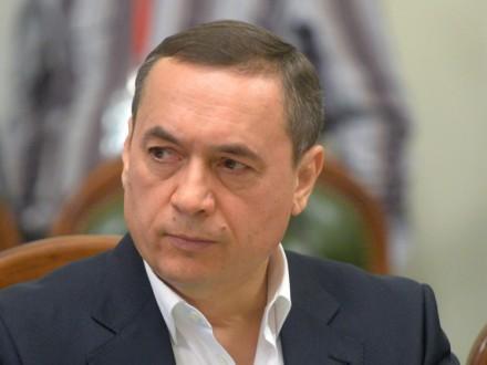 Адвокат оприлюднив список політиків, які взяли на поруки М.Мартиненка