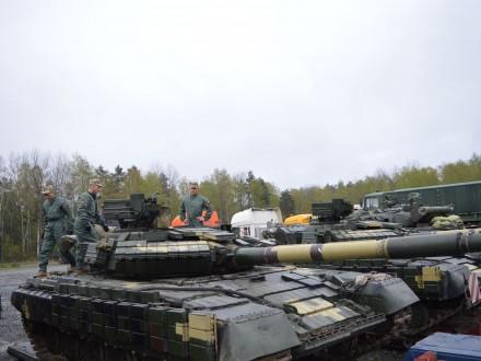 """ДК """"Укроборонпром"""" модернізував партію танків Т-64БВ"""