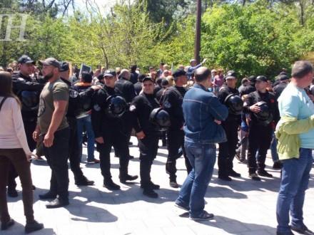 Поліція Одеси затримала 15 осіб на Алеї Слави