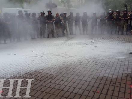 Поліція кваліфікувала події біля офісу ОУН в Києві як хуліганство