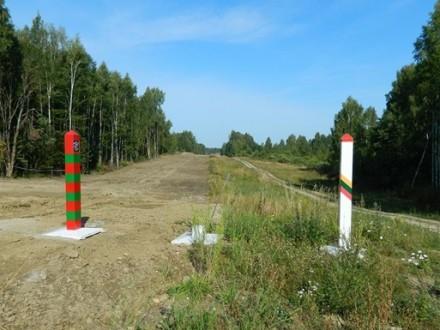 Литва починає будувати паркан накордоні зРосією