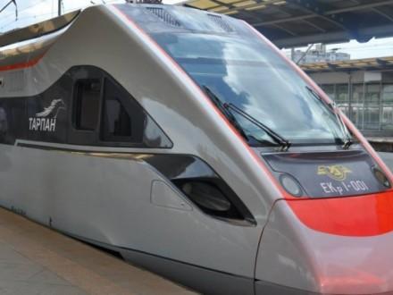 «Укрзалізниця» призначила на літо додатковий поїзд Київ-Одеса