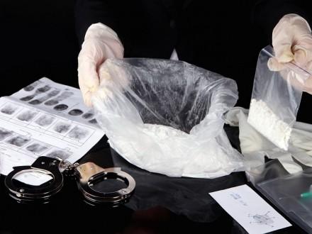 Организованную группу наркоторговцев разоблачили в Черкасской области