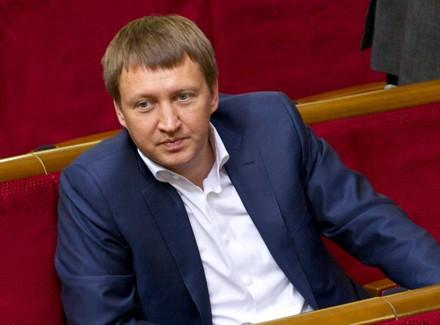 Гройсман подякував міністру Кутовому запрофесіоналізм