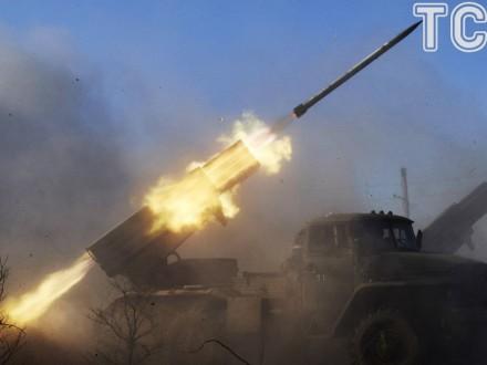 НаДонбасі поранено бійця АТО, терористи б'ють із танків і «Градів»