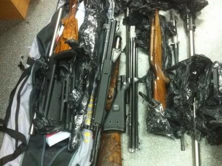 Навокзалі уКиєві затримали чоловіка зі зброєю зДонбасу