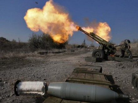 НаЛуганщині бойовики стріляли згранатометів: поранено 3 військових