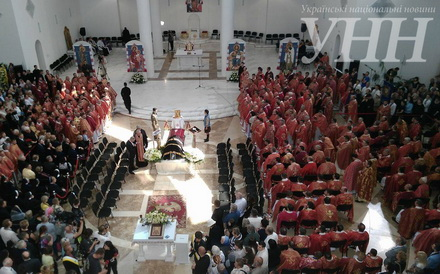 Любомира Гузара поховали вкрипті Патріаршого собору Воскресіння Христового вКиєві