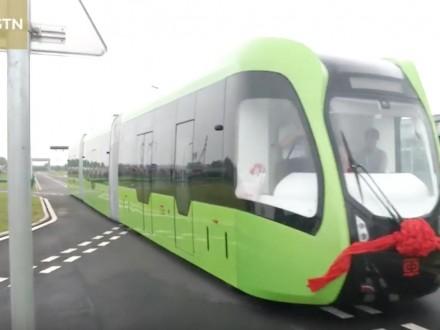 Китайські інженери тестують безрейковий електротрамвай