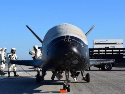 SpaceX вперше запустить літак для американської арм