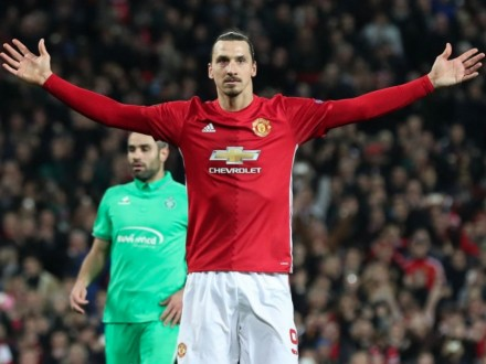 Манчестер Юнайтед виключив Ібрагімовіча із заявки наАПЛ